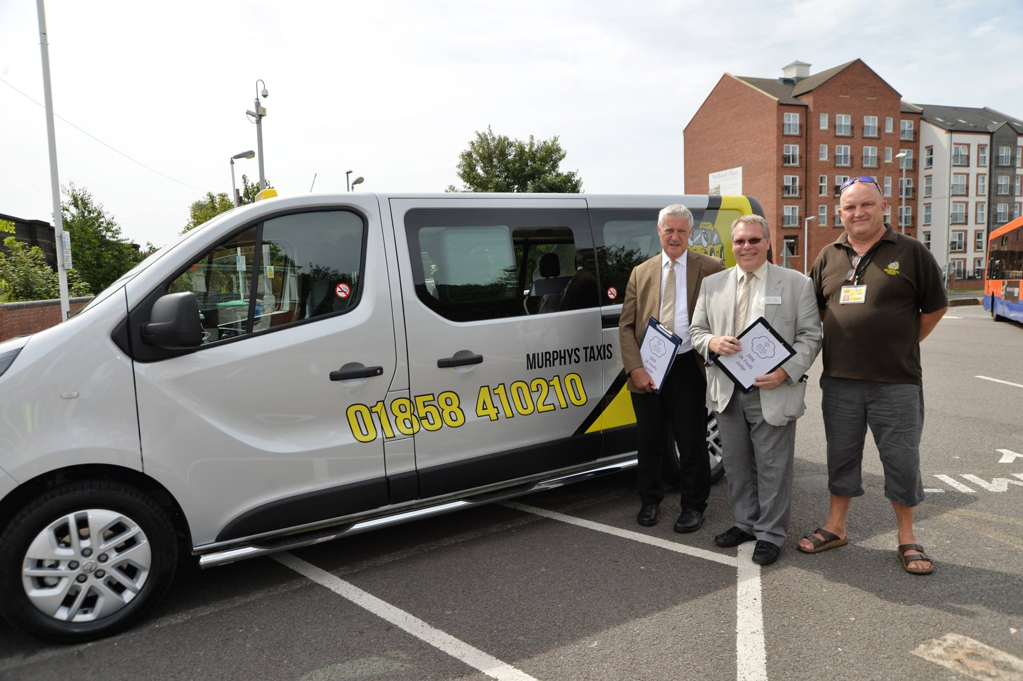 Harborough Taxi Company Helps Harborough In Bloom